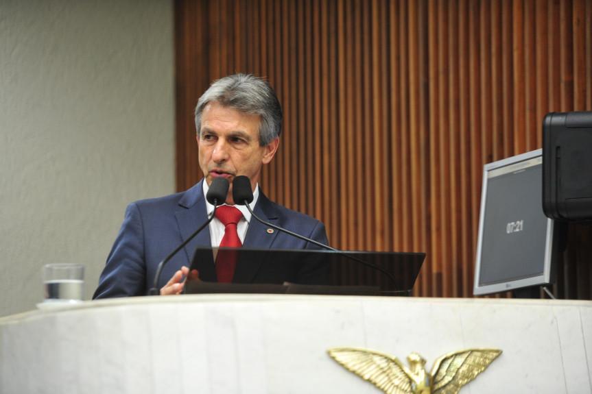 Deputado Tadeu Veneri (PT),  líder da Oposição na Assembleia