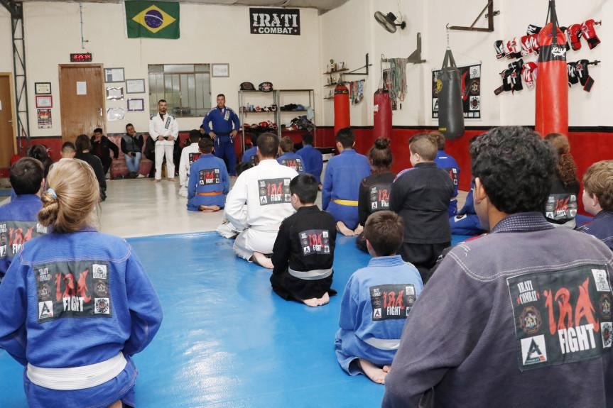 Sessão solene proposta pelo deputado Alexandre Amaro (Republicanos) vai homenagear profissionais das artes marciais no Paraná.