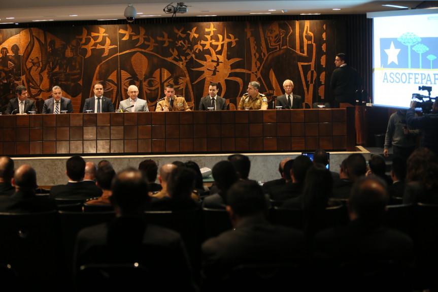 Ministro Nefi Cordeiro realizou palestra de abertura do II Curso de Assessoria Parlamentar da Associação dos Oficiais Policiais e Bombeiros Militares do Estado do Paraná (Assofepar).