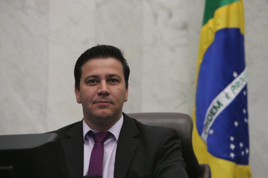 Deputado Arilson Chiorato (PT), um dos proponentes da audiência pública sobre o feminicídio que será realizada dia 12 na Assembleia Legislativa.