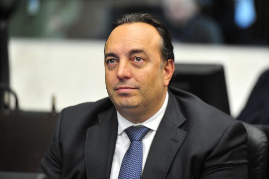 Deputado Delegado Francischini (PSL), foi escolhido presidente da Comissão Especial que vai apurar possíveis irregularidades no cumprimento da ordem de vacinação contra a Covid-19 no Paraná.