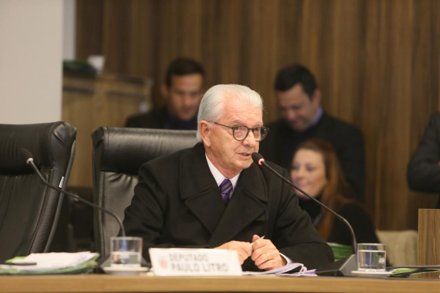 Deputado Nelson Justus (DEM), relator do projeto que obriga a instalação de scanner corporal nas rodoviárias do Paraná.