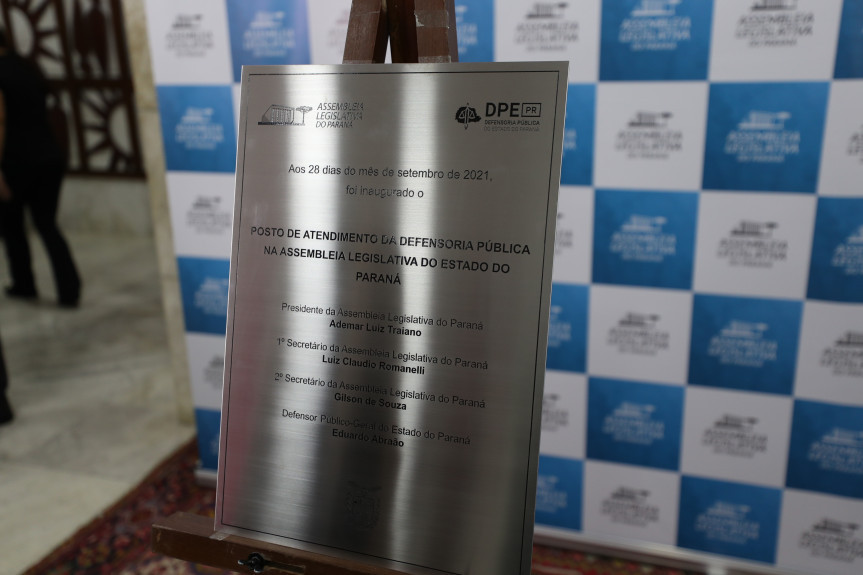 O acesso à assistência jurídica gratuita para a população será facilitado com o posto de atendimento da Defensoria Pública na Assembleia Legislativa do Paraná