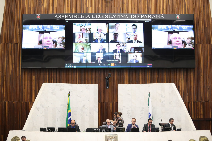 Sessão plenária remota da Assembleia Legislativa do Paraná.