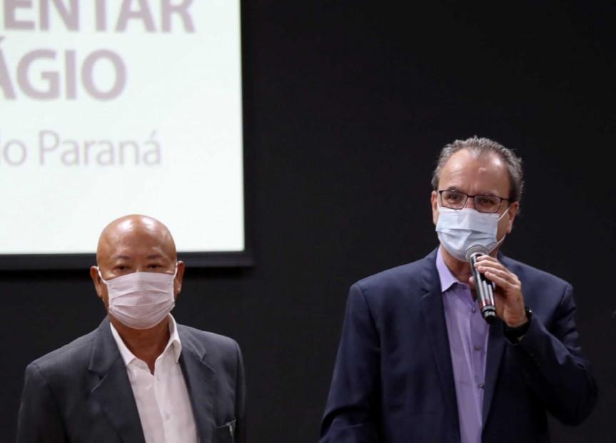O presidente da Amunorpi, prefeito Hiroshi Kubo, e o presidente da Amunop, prefeito Amin Hannouche, durante audiência sobre o pedágio no Norte Pioneiro.