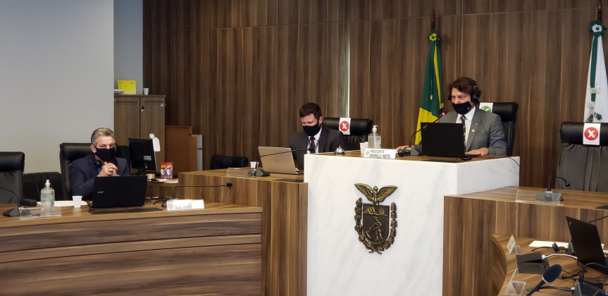 Deputado Tadeu Veneri (PT) é o relator da Comissão Especial criada para analisar os projetos do TJPR e as emendas apresentadas às propostas presidida pelo deputado Anibelli Neto (MDB).