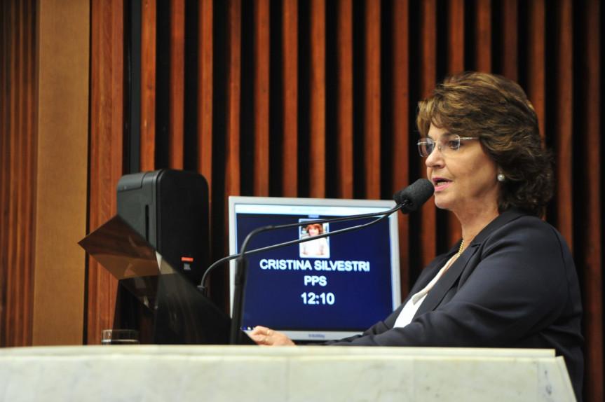 Deputada Cristina Silvestri (CDN).