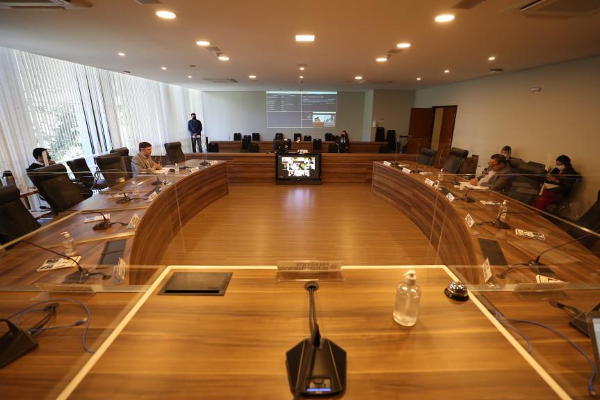 Reunião da Comissão de Constituição e Justiça (CCJ) da Assembleia Legislativa desta terça-feira (1º).