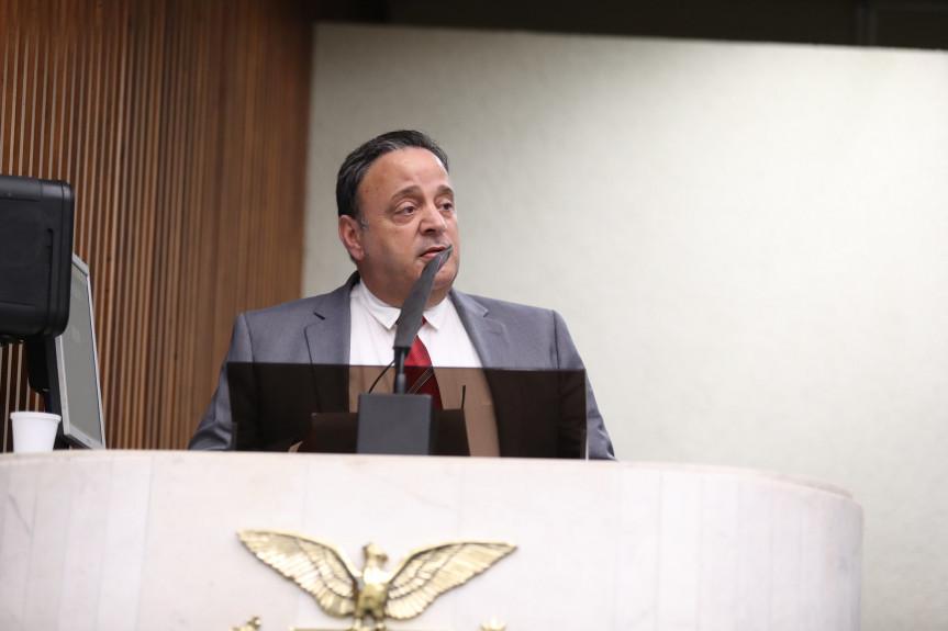 Deputado Hussein bakri (PSD), presidente da Comissão de Educação na Assembleia Legislativa do Paraná.