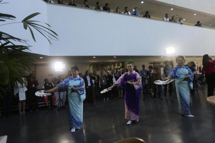 Bon Odori, a dança folclórica japonesa, também teve espaço no Comunicação e Arte na Alep.