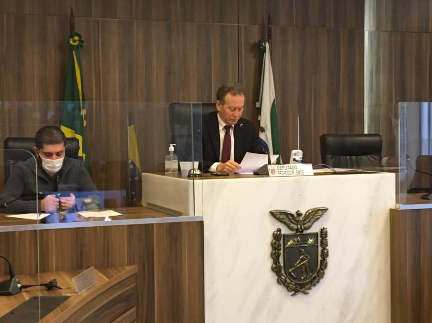 Parlamentares vão encaminhar expediente à bancada federal paranaense solicitando apoio contra a PEC 32 que trata da reforma administrativa.