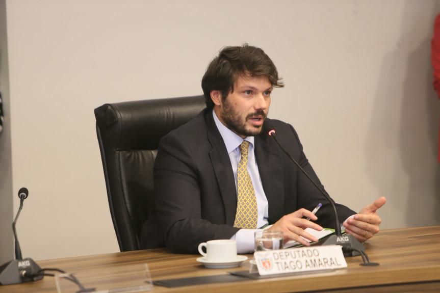Deputado Tiago Amaral, relator na Comissão de Finanças dos projetos do Poder Executivo que alteram dispositivos da Previdência dos servidores.