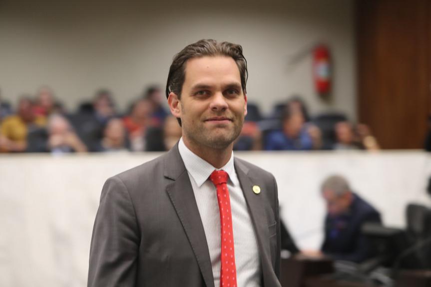 Deputado Goura (PDT), presidente da Comissão de Ecologia, Meio Ambiente e Proteção aos Animais da Assembleia Legislativa.