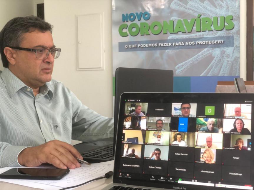 Deputados ouvem especialistas que fazem uma avaliação do atual cenário da pandemia no Paraná, com ênfase na situação da rede hospitalar e do retorno às aulas nas redes pública e privada.