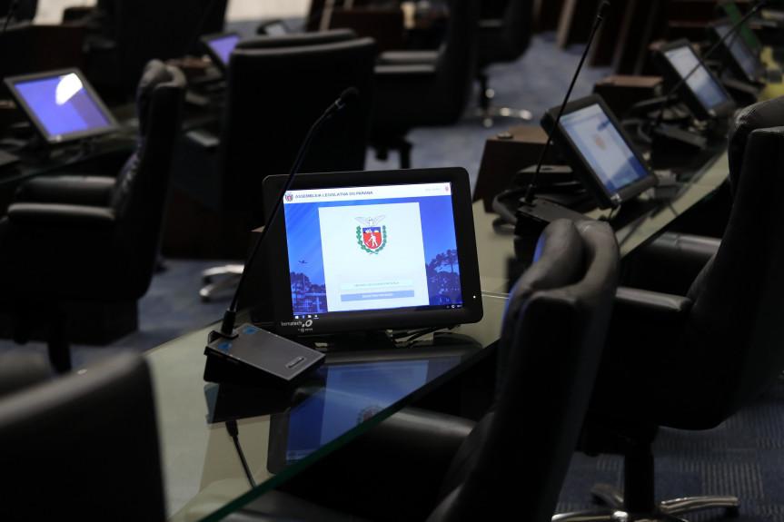 Nove itens integram a ordem do dia da sessão plenária de segunda-feira (19).