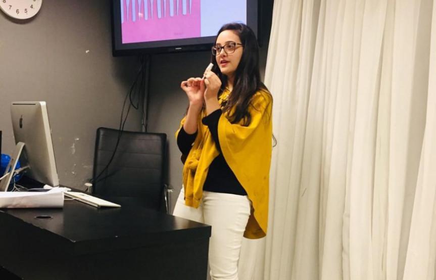 Rafaella de Bonna Gonçalves, estudante da UFPR, desenvolveu um absorvente íntimo sustentável que colabora no combate à pobreza menstrual.